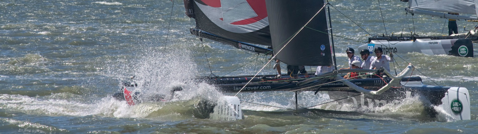Extreme Sailing by Octavio Nogueira on Flickr. Creative Commons
