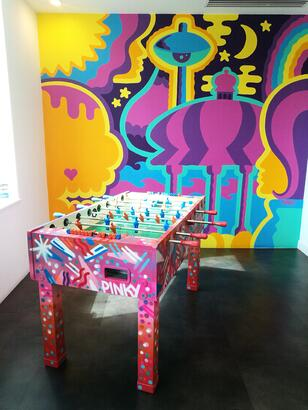 Pinky football table